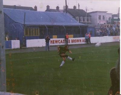 Bangor 2-1 Glentoran (Budweiser Cup, 20th October 1990)