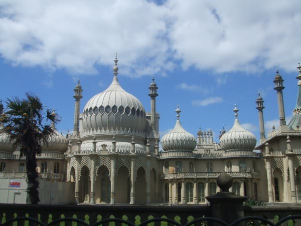 Backpacking in England: Top 3 Sights to See in Brighton