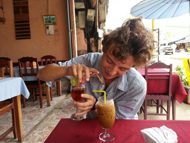 Jonny Blair and Dont Stop Living a lifestyle of travel in Vang Vieng
