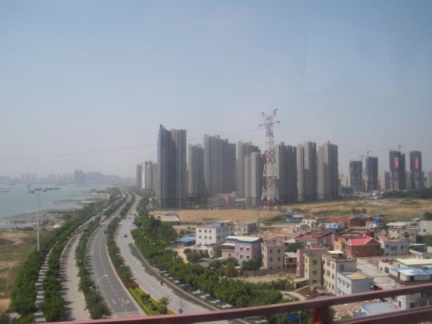 Jonny Blair on a bus through Fujian to Xiamen living a lifestyle of travel