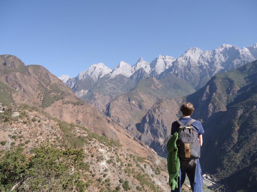 Jonny Blair backpacking the Upper Trail Hike - Yunnan - China