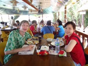 Jonny Blair and Panny Yu enjoying the food on the floating restaurant in Bohol
