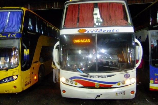 bus to caracas