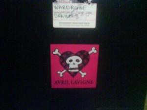 Avril Lavignes pants