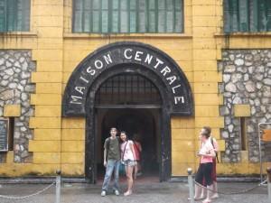 Hiroko from Japan and Daeuk in Hanoi