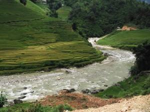 Sapa hike day 1 a river near Lao Chai