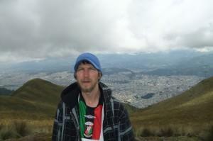 free views of city skylines cruz loma quito
