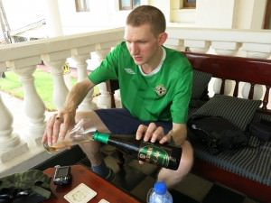jonny blair drinking in sri lanka galle face hotel