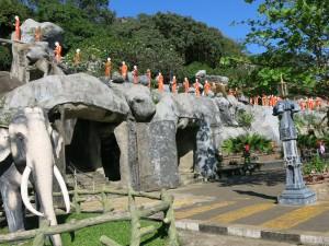 Royal Rock temple Cave temples in Dambulla