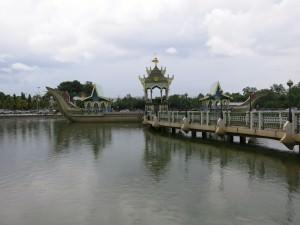 omar ali saifuddien mosque bandar seri begawan brunei