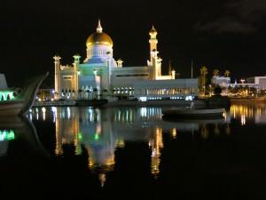 brunei mosque at night