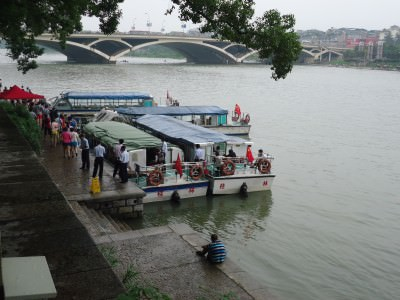 boat cruise guilin li river
