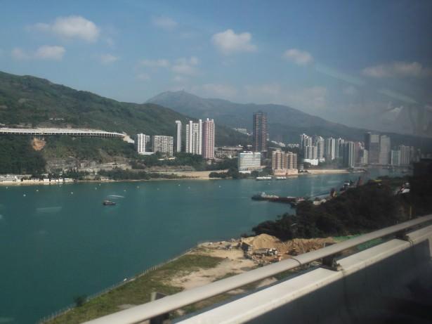 ma wan park island bus view
