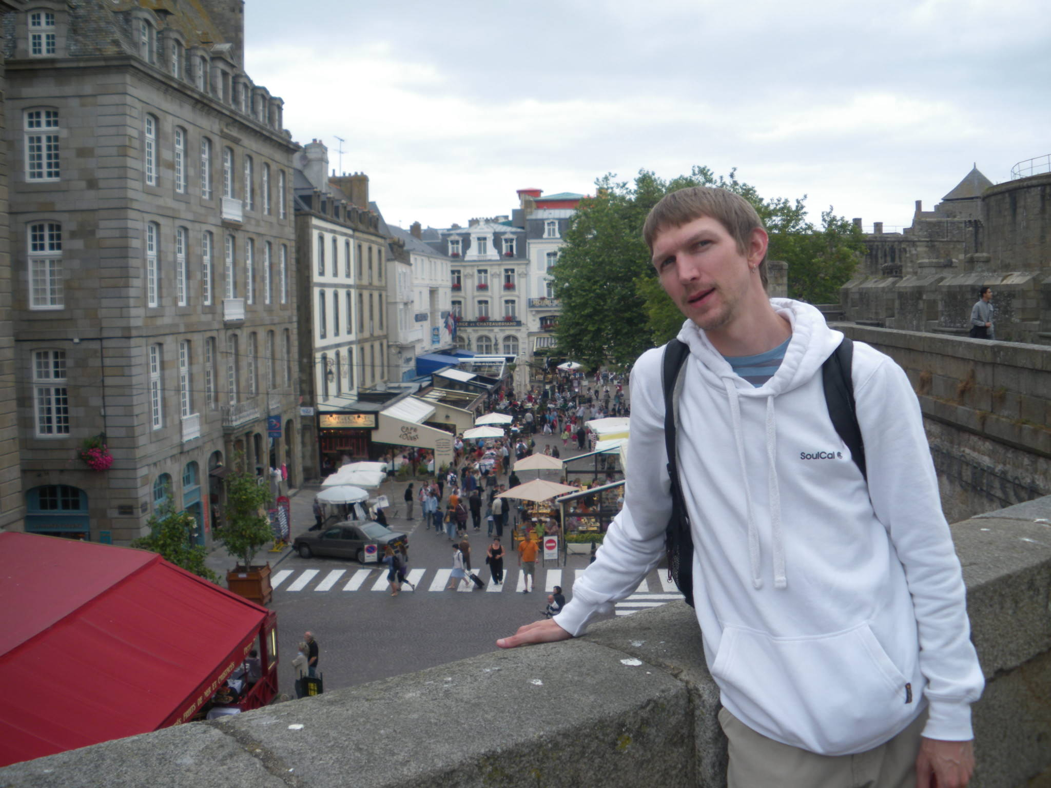backpacking in st malo