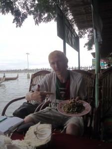 tea leaf salad in myanmar