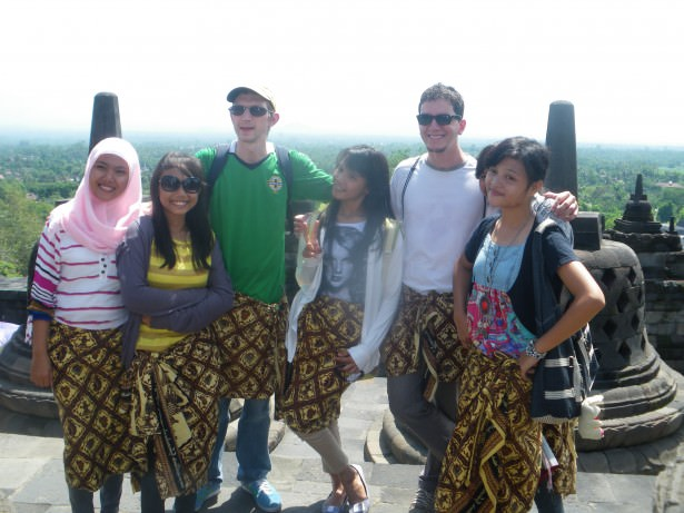 borobudur indonesia backpacking