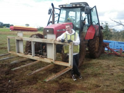jonny blair working on a farm in tasmania