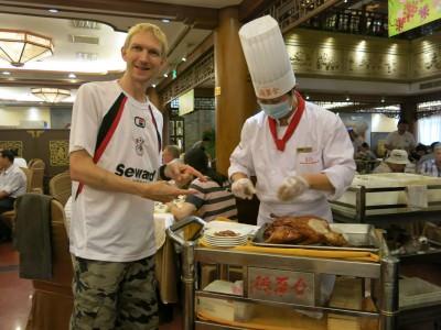 chefs at peking duck restaurant