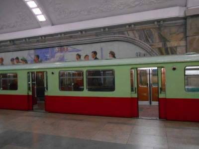 pyongyang metro trains