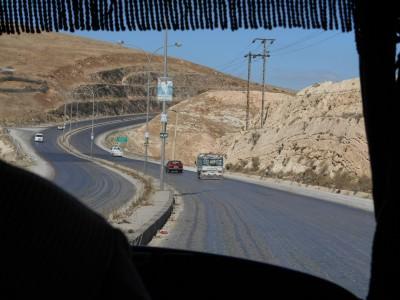 border bus irbid jordan israel