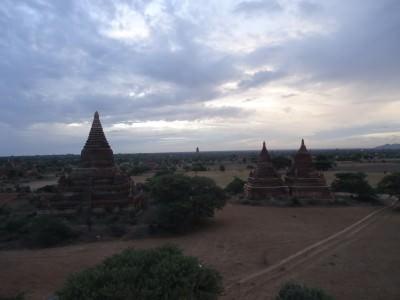 bagan temples sunrise