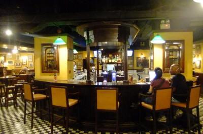 de;aneys irish pub kowloon hong kong