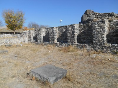 garni temple church grounds