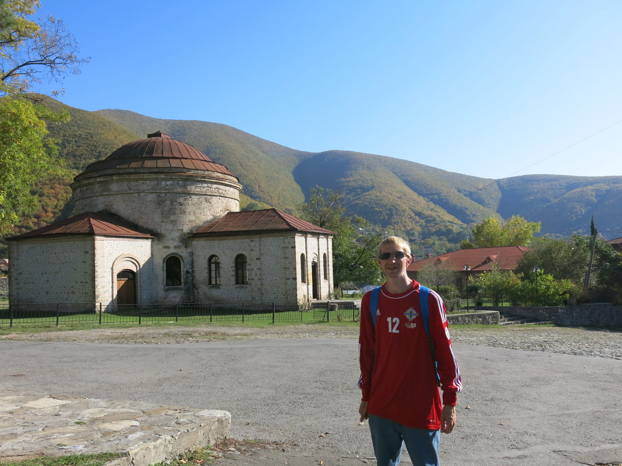 church in fortress azerbaijan seki