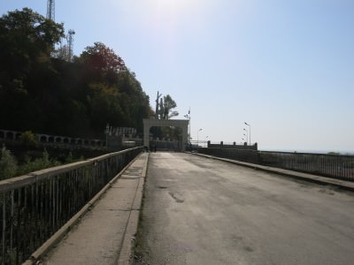 goodbye azerbaijan at the bridge