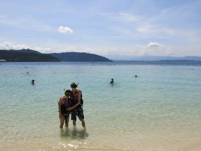 jellyfish sting sapi island