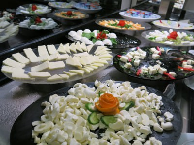 cheese breakfast at otel senbayrak