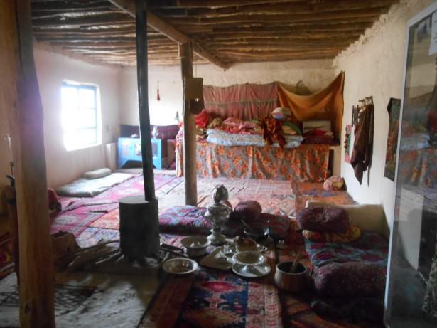 amna suraka kurdish house