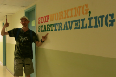 start travelling stop working