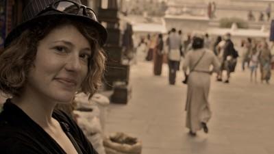 World Travellers: Nora Dunn AKA The Professional Hobo exploring Kathmandu, Nepal.