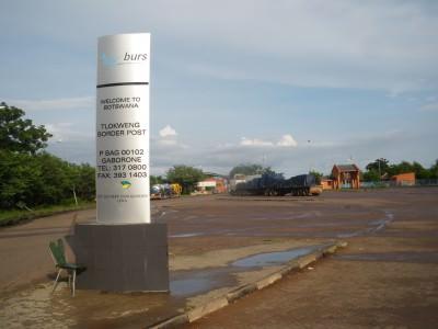 tlokweng border