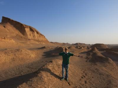 Jonny Blair kaluts desert iran