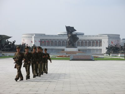 victory statue pyongyang