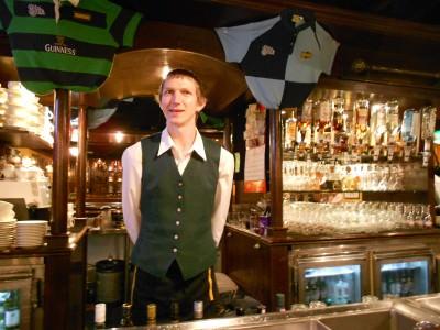 delaneys irish bar 2 continents