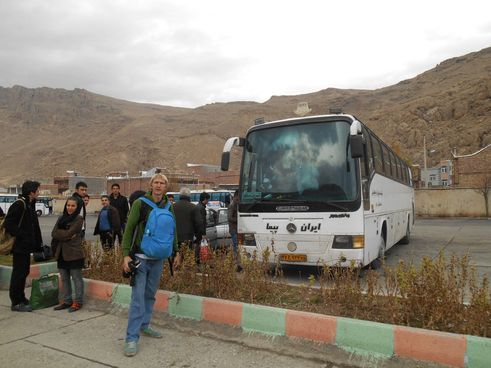 maku to tabriz bus