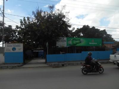 Great location on Avenida Almirante Americo Tomas in the Mandarin area of Dili.