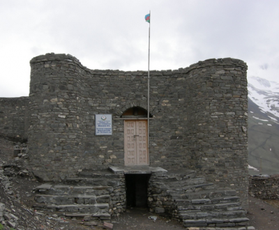 There's even a medieval Xinaliq Museum to check out.