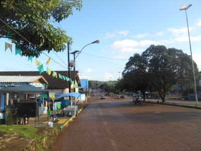 Walking down Avenida Barao do Rio Branco towards the Oyapock River that separates Brazil from French Guyana.