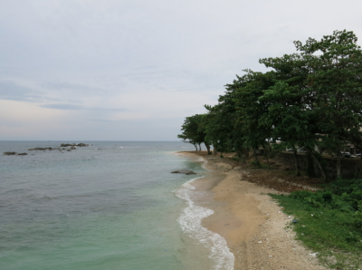 Backpacking in Galle - yes there are also some beaches on the outer parts of the fort.