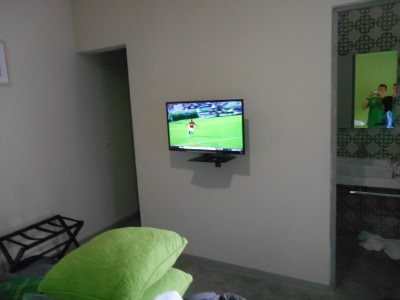 Cosy rooms - watching the football!