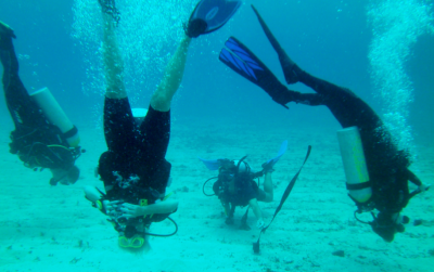 World Travellers: Chris and Danila PADI diving