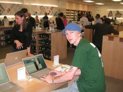 Where it all began for Don't Stop Living...Apple Store Toronto, Canada, July 2007.