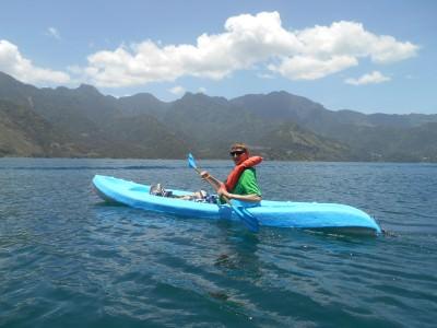 lago atitlan kayak