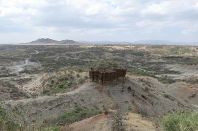 Backpacking in Tanzania: Visiting Oldupai Gorge