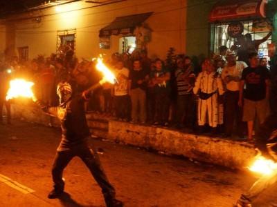 It's a fire ball fight!! **