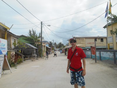 Caye Caulker - slightly more of a backpacker resort so it was nice to be based on Ambergis Caye away from the 18-30 parties and the locals trying to sell you stuff!